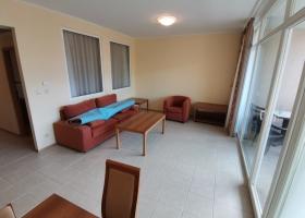 Квартира на первой линии в комплексе Сансет Резорт Поморие. Планировка 3