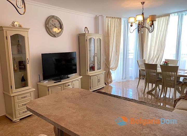 Элитный трехкомнатный апартамент в комплексе Адмирал. Фото 9