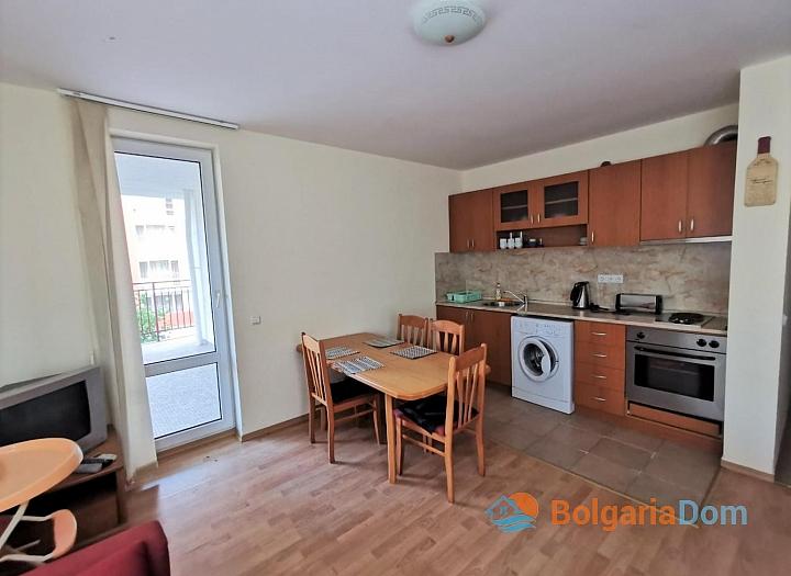 Трехкомнатный апартамент на первой линии в Марина Вью. Фото 10