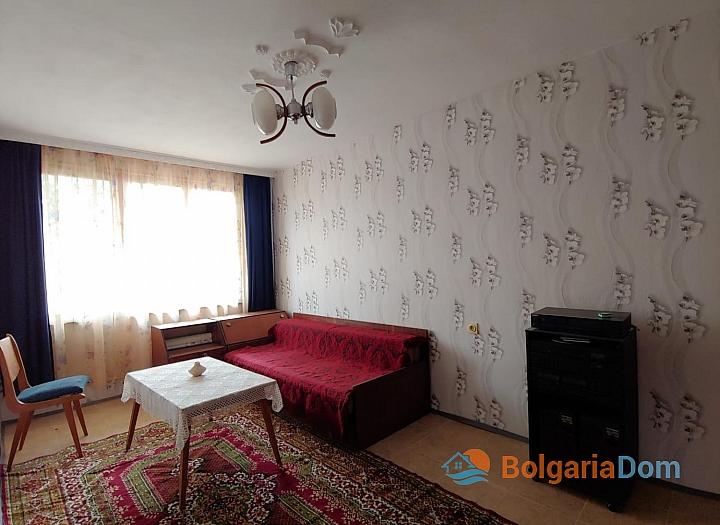 Трехэтажный дом на продажу в селе Горица. Фото 11