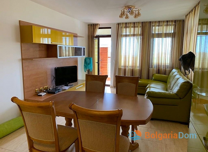 Современный трехкомнатный апартамент с видом на море. Фото 12