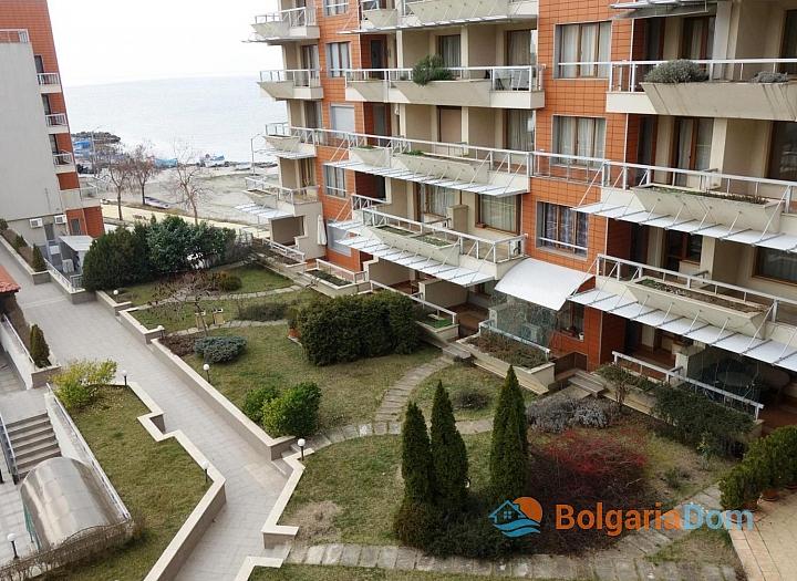 Трехкомнатная квартира на первой линии в городе Поморие. Фото 12