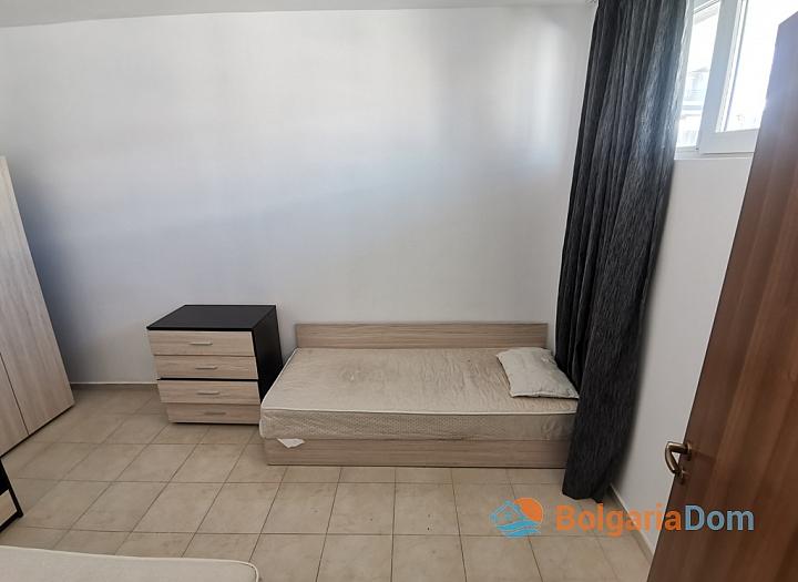 Дешевая трехкомнатная квартира рядом с пляжем. Фото 11