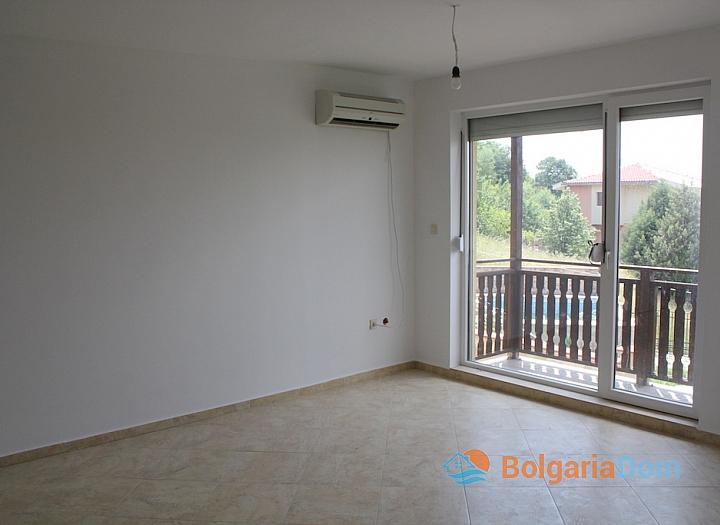 Новый двухэтажный дом в Кошарице. Фото 12
