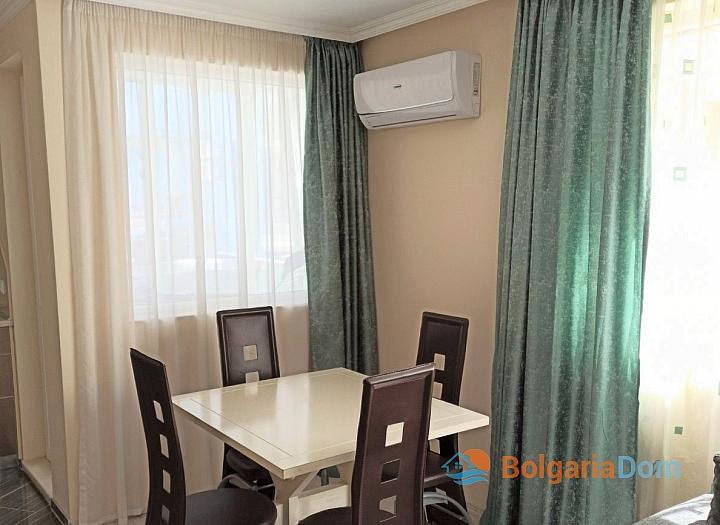 Двухкомнатная квартира в городе Поморие. Фото 2