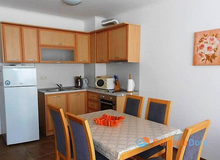 Трехкомнатная квартира на продажу в Поморие. Фото 6