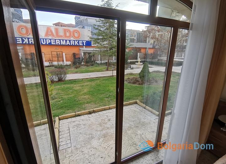 Квартира с двориком на продажу в Роял Дримс. Фото 22