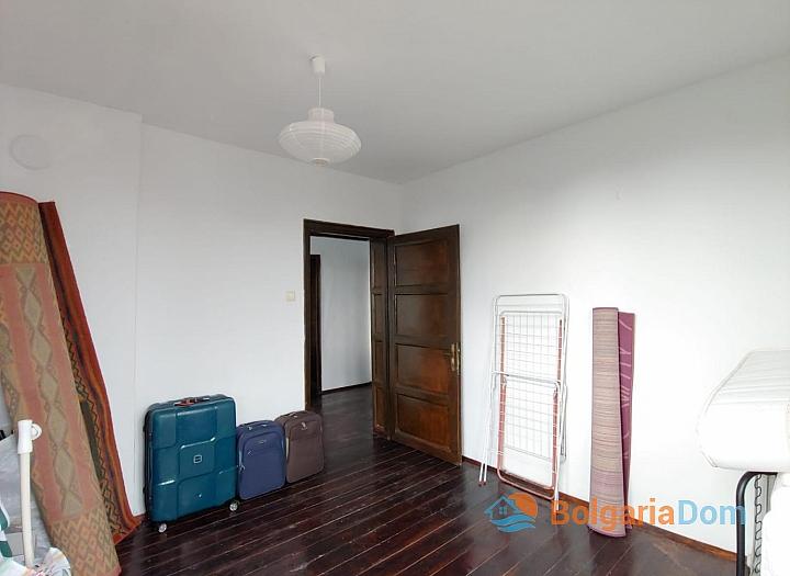 Просторный двухэтажный дом на продажу в Дюлево. Фото 24