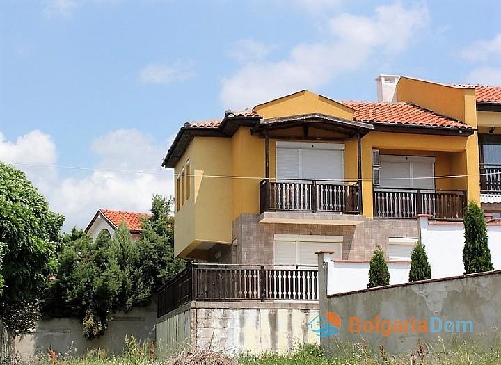 Новый двухэтажный дом в Кошарице. Фото 2