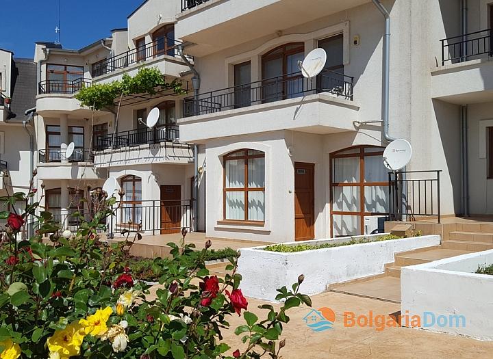 Отличная трехкомнатная квартира в Nessebar View. Фото 16