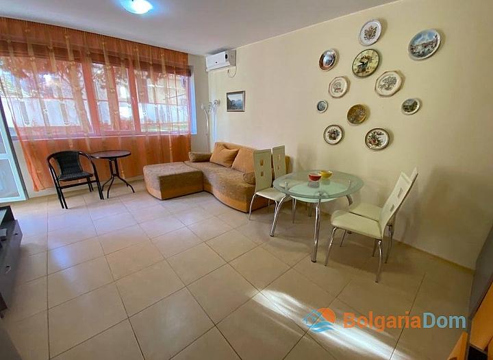Двухкомнатная квартира в 150 м от пляжа в Равде. Фото 2