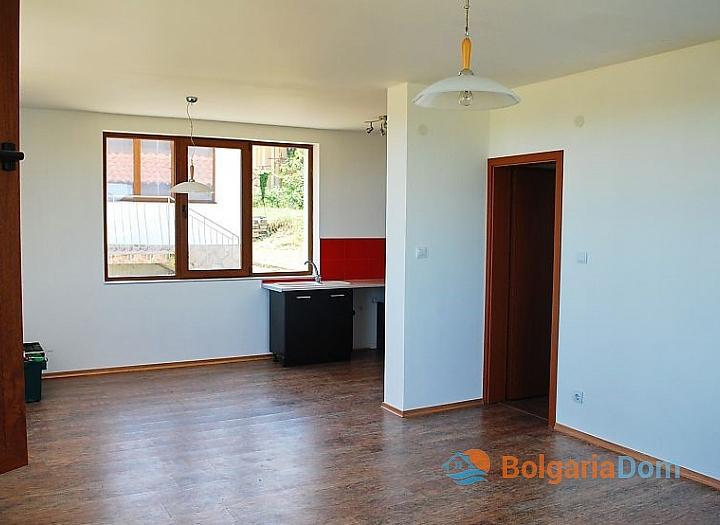 Продажа нового дома в 10 км от моря около Бургаса. Фото 3