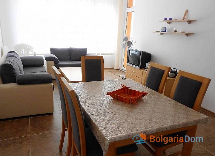 Трехкомнатная квартира на продажу в Поморие. Фото 2