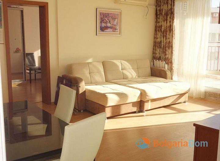 Просторная квартира с двумя спальнями в Святом Власе. Фото 3