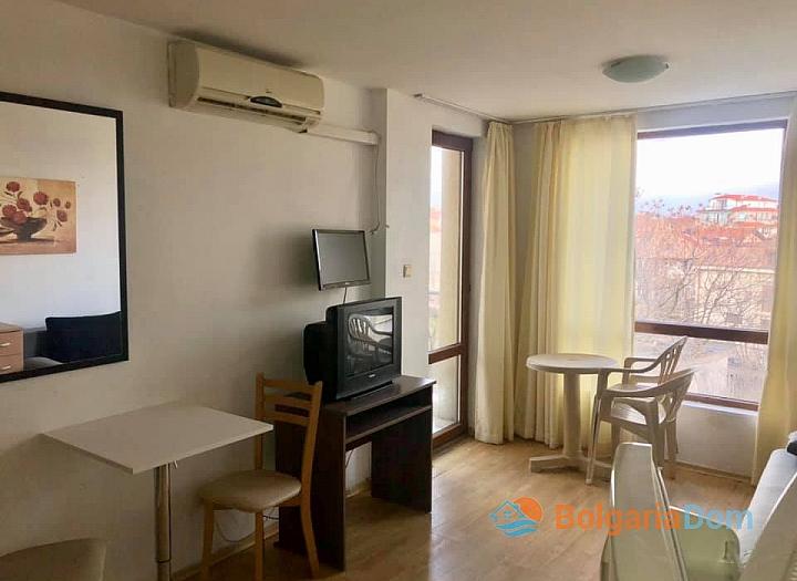 Двухкомнатная квартира на продажу в комплексе Виго, Несебр. Фото 3