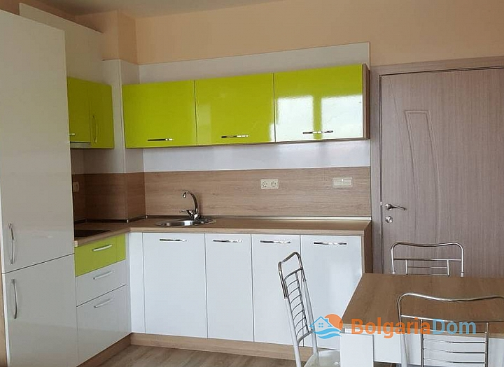 Новая трехкомнатная квартира в Равде. Фото 1