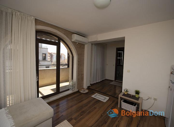 Двухкомнатная квартира в современном жилом комплексе. Фото 2