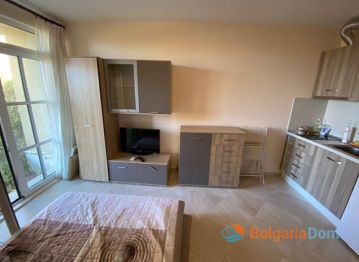 Студия с двориком в Черноморце в комплексе люкс. Фото 3