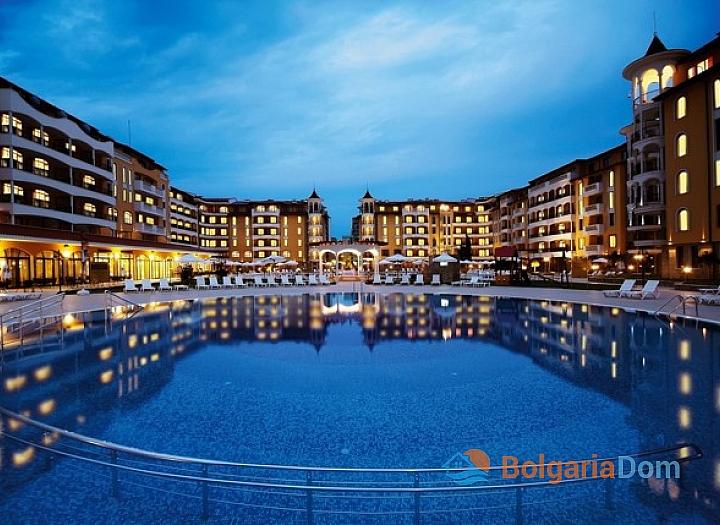 Просторная трехкомнатная квартира в центре Солнечного берега. Фото 4