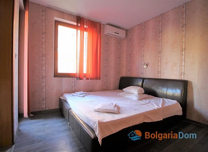 Недорогая трехкомнатная квартира в Солнечном Береге. Фото 4
