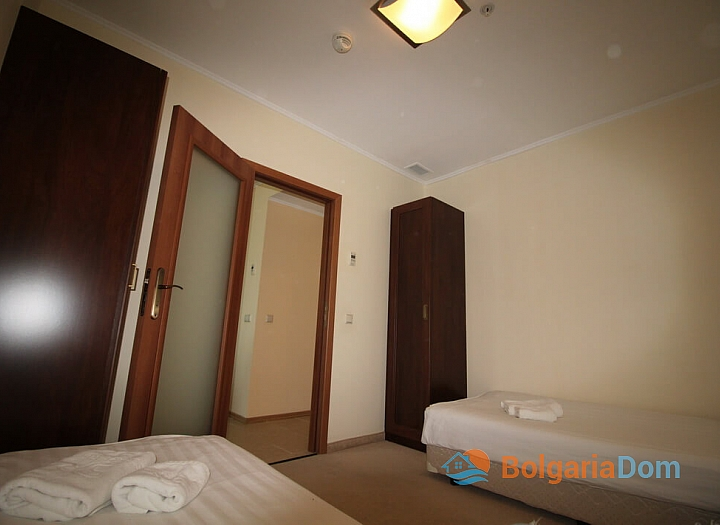 Апартамент с двумя спальнями на первой линии моря. Фото 4