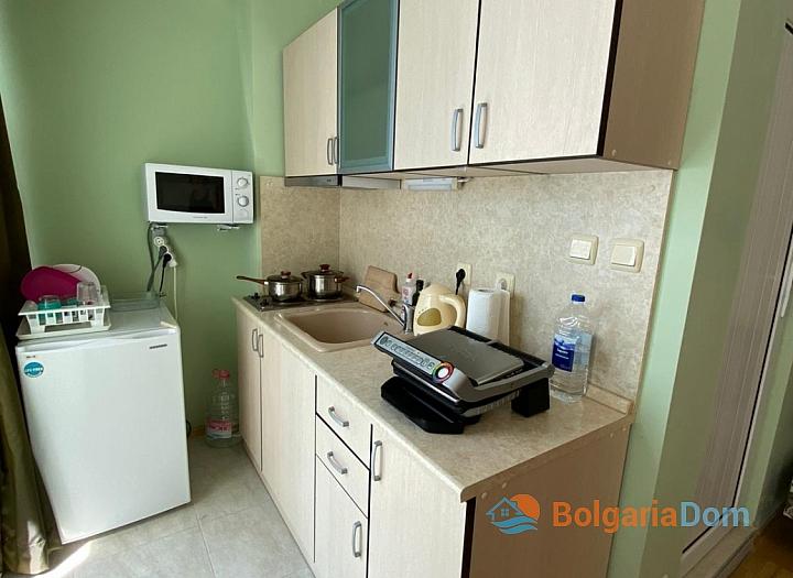 Дешевая студия без таксы поддержки в центре Солнечного Берега. Фото 5
