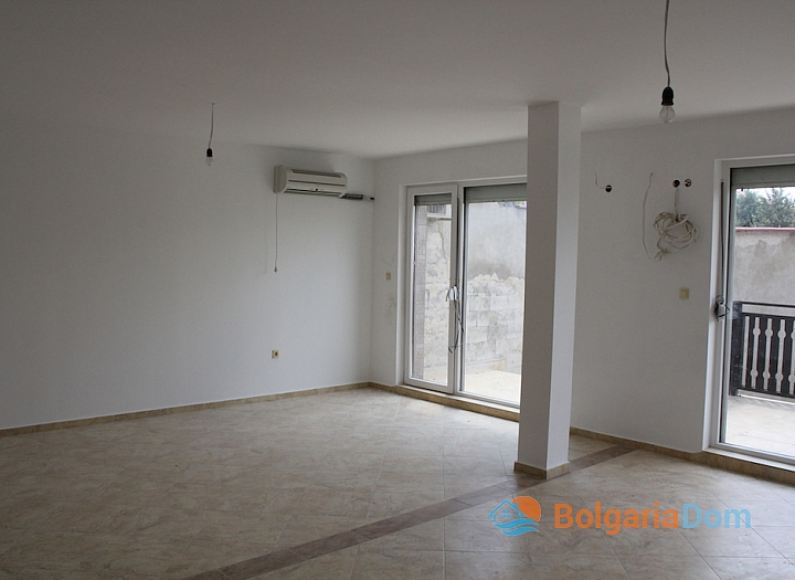 Новый двухэтажный дом в Кошарице. Фото 5