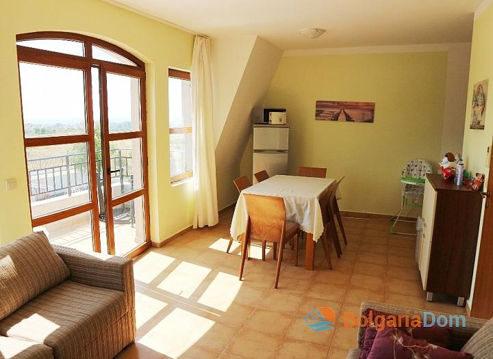 Отличная трехкомнатная квартира в Nessebar View. Фото 3