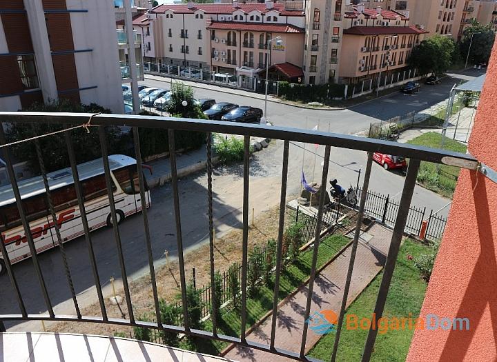 Продажа двухкомнатной квартиры у моря в Солнечном Береге. Фото 6