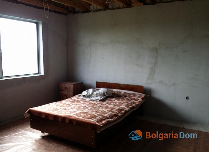 Новый двухэтажный дом в пригороде Бургаса. Фото 7