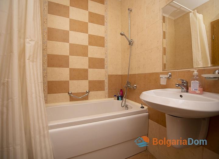 Квартира с одной спальней в комплексе Роял Сан, Солнечный Берег. Фото 8