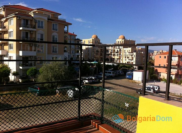 Просторная двухкомнатная квартира в Равде. Фото 8