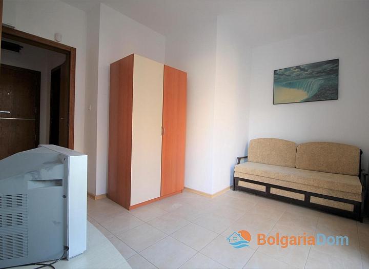 Недорогая трехкомнатная квартира в Солнечном Береге. Фото 15