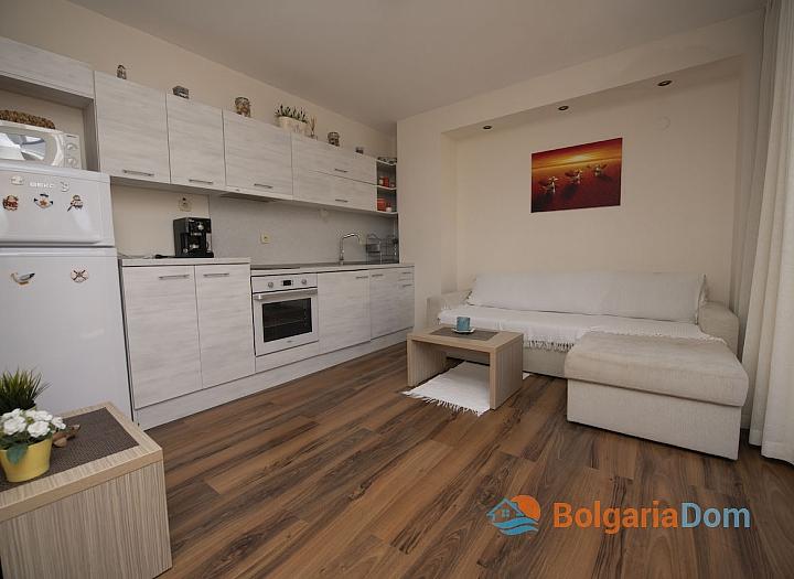 Двухкомнатная квартира в современном жилом комплексе. Фото 9