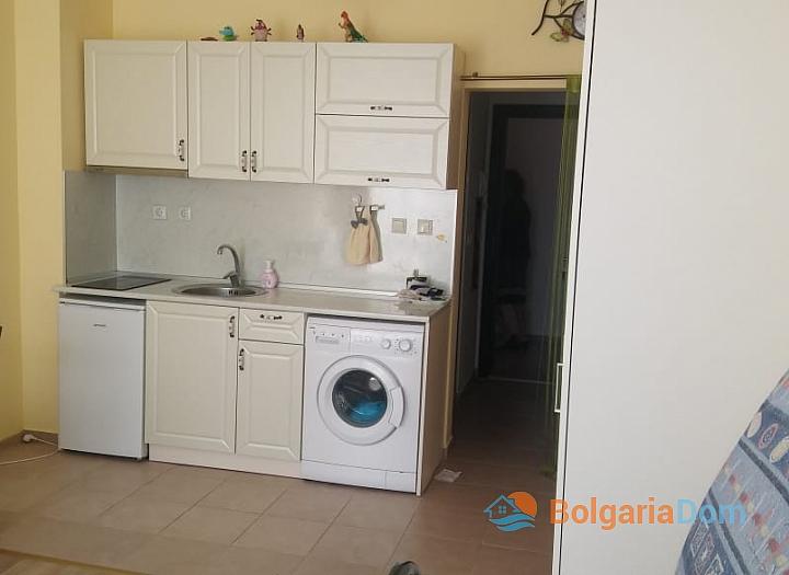 Продажа студии в жилом доме в городе Поморие. Фото 9