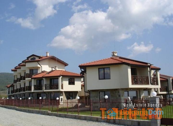 Виллы и квартиры на продажу Имперские Высоты (Imperial Heights) около к.к. Солнечный Берег, Болгария. Фото 3