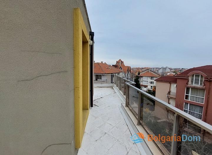 Прекрасный апартамент с панорамой моря в Приморско. Фото 10