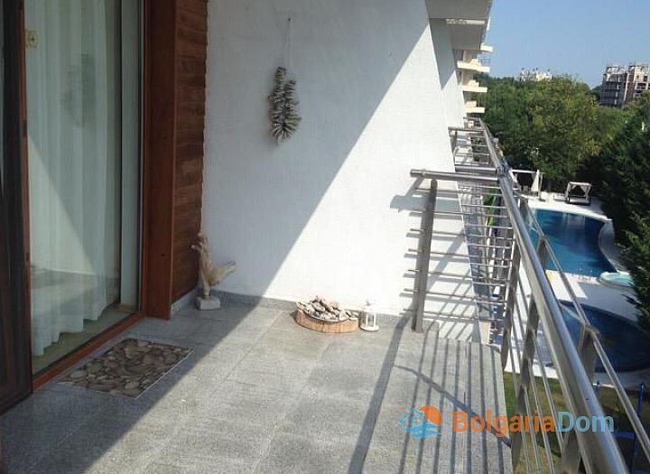 Двухкомнатная квартира на идеальной первой линии в Поморие. Фото 10