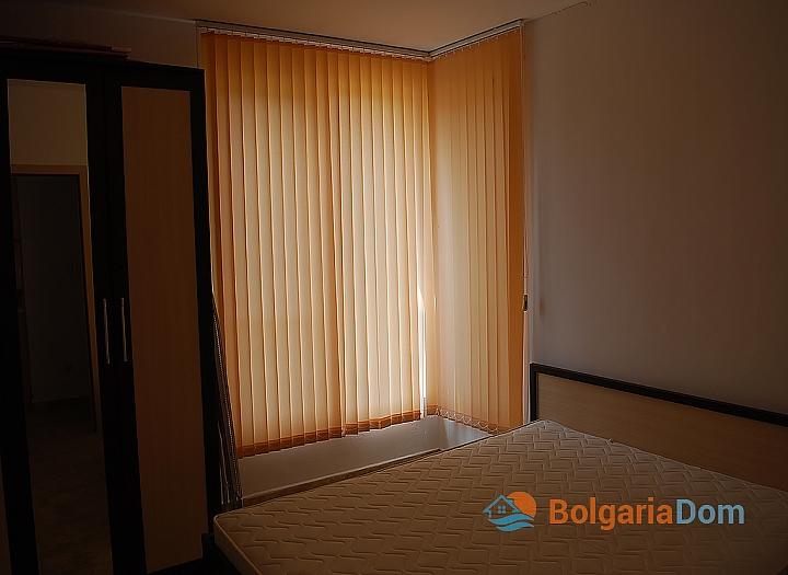 Квартира в жилом доме без таксы в центре Солнечного Берега. Фото 12