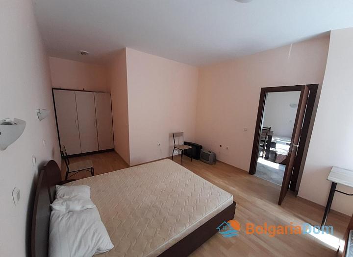 Большая недорогая трехкомнатная квартира. Фото 6