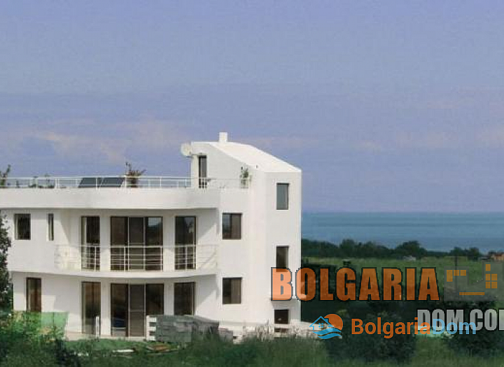Шикарная вилла на побережье Болгарии. Фото 1