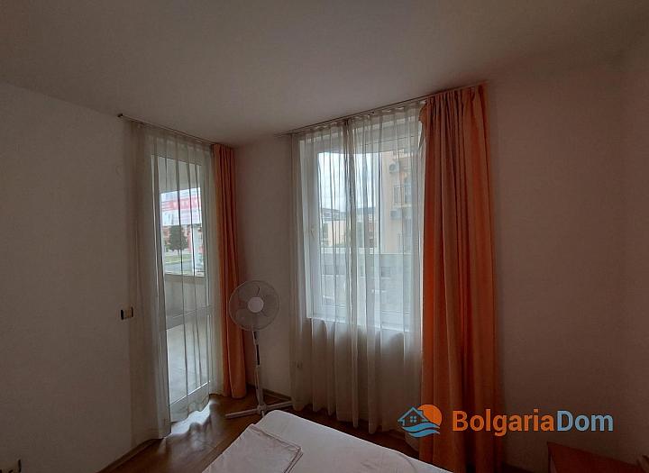 Прекрасный апартамент с двумя спальнями без таксы на Солнечном берегу. Фото 9