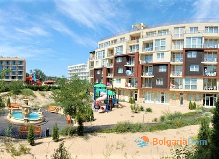 Трёхкомнатный меблированный апартамент на Солнечном берегу . Фото 18