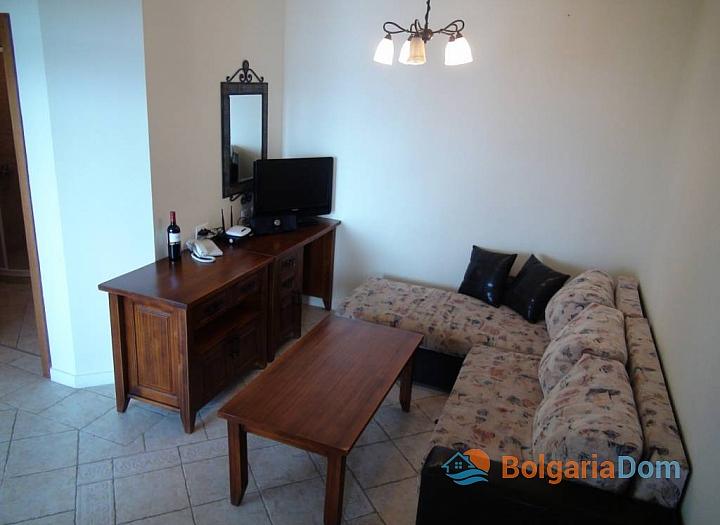 Отличная трехкомнатная квартира на продажу с видом на море в Созополе. Фото 3