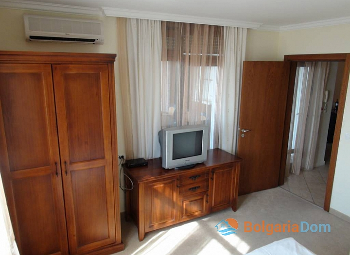 Отличная трехкомнатная квартира на продажу с видом на море в Созополе. Фото 5