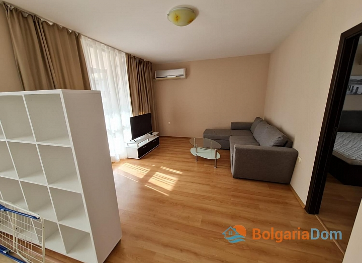Трехкомнатная квартира на продажу в Несебре. Фото 11