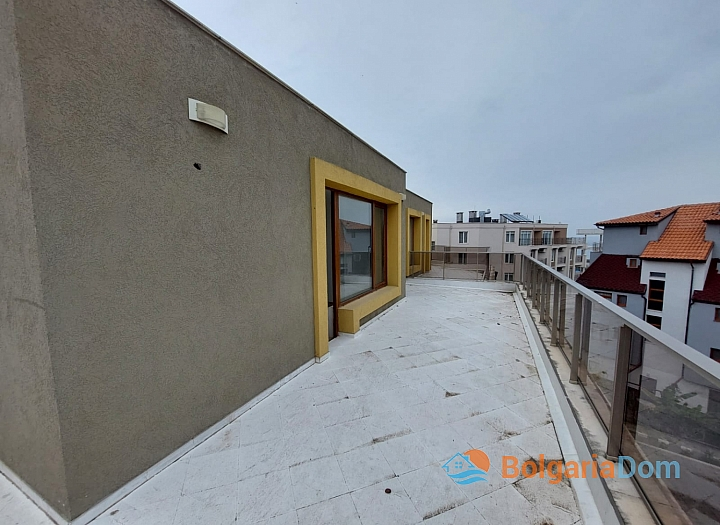 Прекрасный апартамент с панорамой моря в Приморско. Фото 12