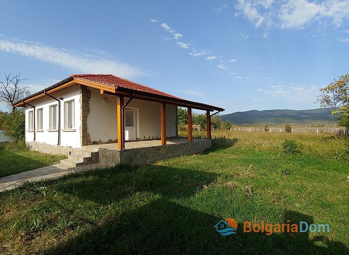 Новый одноэтажный дом в 15 км от моря. Фото 14