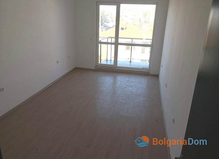 Новая трехкомнатная квартира в Сарафово, Бургас. Фото 7