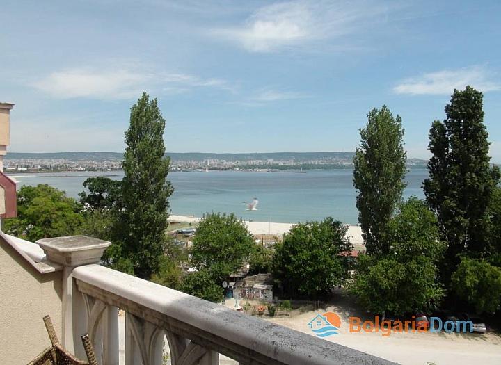Шикарная квартира с видом на море + гараж. Фото 4